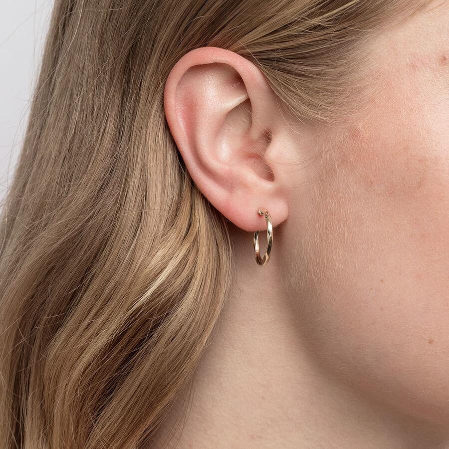 18mm Square Twist Hoop Earrings in 10kt Yellow Gold