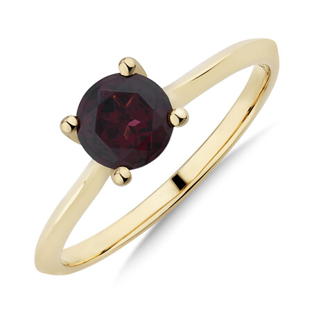 Garnet Ring in 10ct Yellow Gold