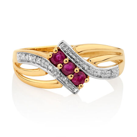 Ring with Ruby & Diamonds in 10kt Yellow Gold