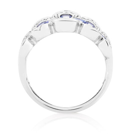 Ring with Tanzanite & Diamonds in 10kt White Gold