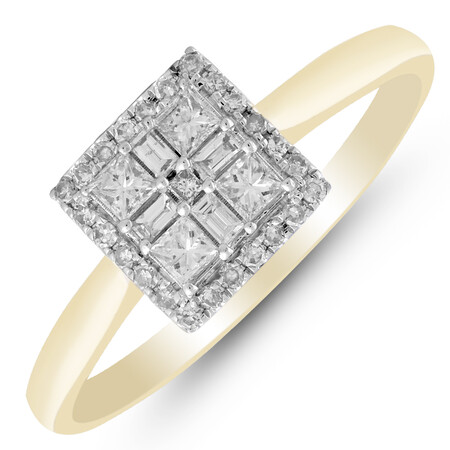 Ring with 0.35 Carat TW of Diamonds in 10kt Yellow Gold