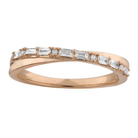 Ring with 0.20 Carat TW of Diamonds in 10kt Rose Gold