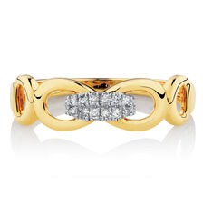 Link Ring with Diamonds in 10kt Yellow Gold