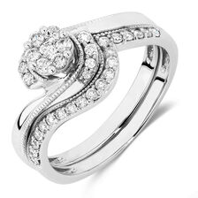 Bridal Set with 0.40 Carat TW of Diamonds in 10kt White Gold
