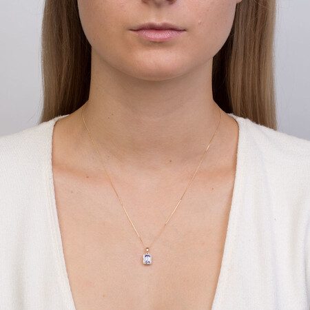 Pendant with Tanzanite & Diamonds in 10kt Yellow & White Gold