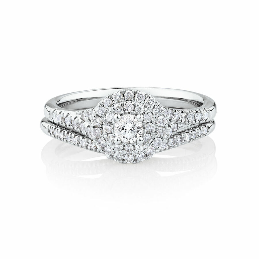 Bridal Set With 0.60 Carat TW of Diamonds In 10kt White Gold