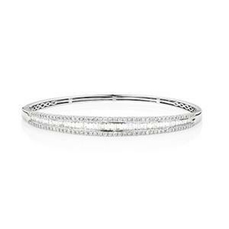 Hinged bangle with 2 Carat TW of Diamonds in 14kt White Gold