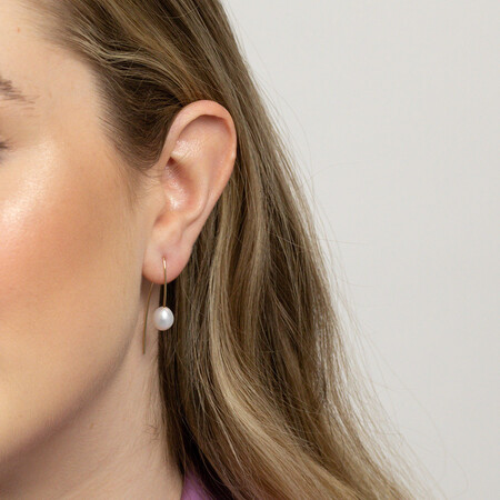 Drop Earrings with Cultured Freshwater Pearls in 10kt Yellow Gold