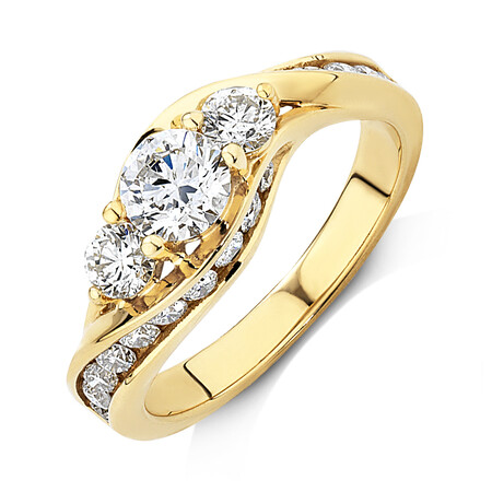 Engagement Ring with 1 1/2 Carat TW of Diamonds in 14kt Yellow Gold