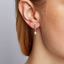 Drop Earrings with Cultured Freshwater Pearl in 10kt White Gold
