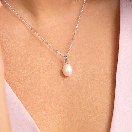 Freshwater Pearl necklace on silver strand in Various adjustable lengths presented in a gift box