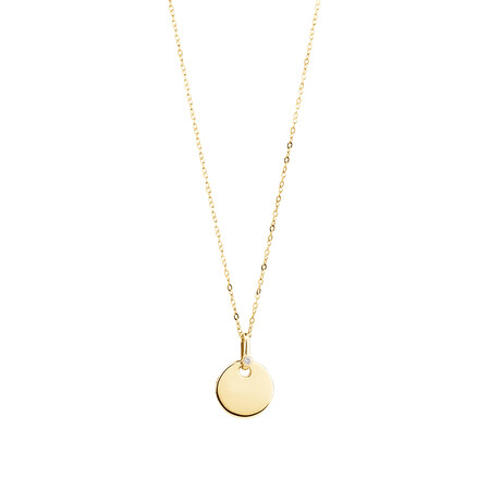 Circle Pendant with Diamonds in 10kt Yellow Gold