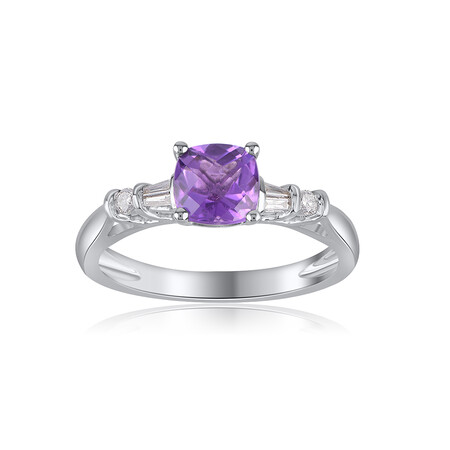 Ring with Amethyst & 0.10 Carat TW of Diamonds in 10kt White Gold