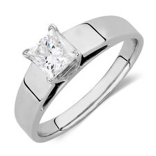 Solitaire Engagement Ring with a 0.69 Carat Diamond in 14kt White Gold