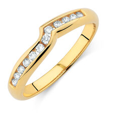 Wedding Band with 0.15 Carat TW of Diamonds in 18kt Yellow Gold