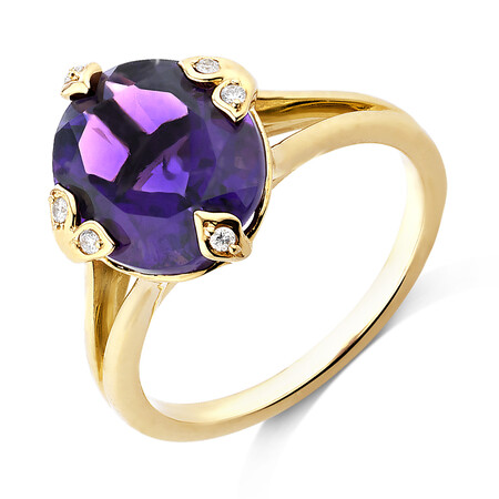 Ring With Diamonds And Amethyst In 10kt Yellow Gold