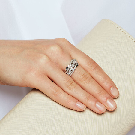 Ring with 0.33 Carat TW of Diamonds in 10kt White Gold
