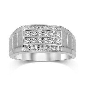 Ring with 0.75 Carat TW of Diamonds in 10kt White Gold