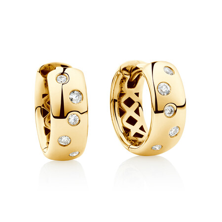 Hammer Set Hoop Earrings with Diamonds in 10kt Yellow Gold
