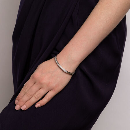 Hinged Bangle with 1 Carat TW of Diamonds in 10kt White Gold