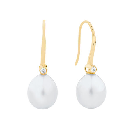 Drop Earrings with Cultured Freshwater Pearls & Diamonds in 10kt Yellow Gold