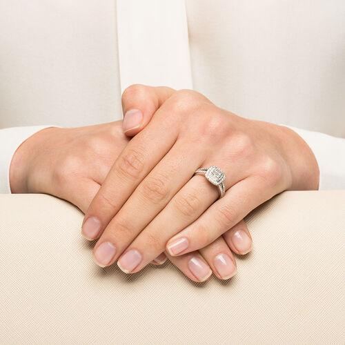 Sir Michael Hill Designer GrandArpeggio Engagement Ring with 3/4 Carat TW of Diamonds in 14kt White Gold