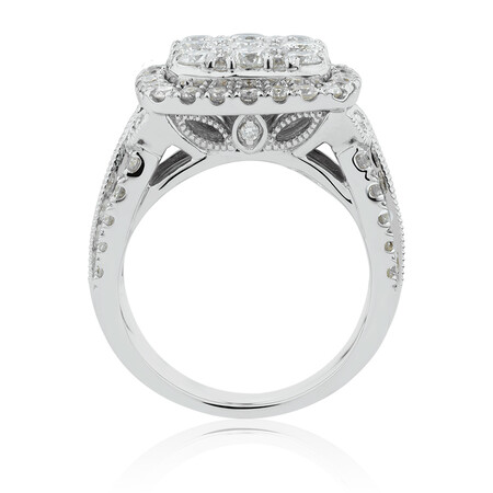 Ring with 3 Carat TW of Diamonds in 10kt White Gold