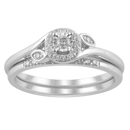 Bridal Set with 0.20 Carat TW of Diamonds in 14kt White Gold