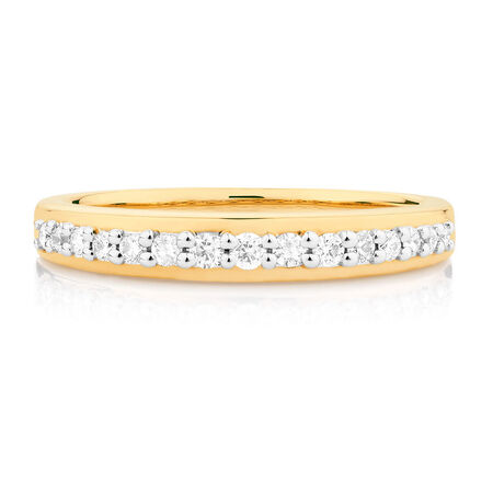 Wedding Band with 0.26 Carat TW of Diamonds in 10kt Yellow Gold