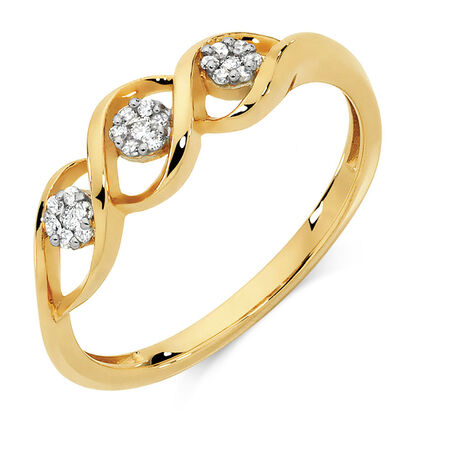 Ring with Diamonds in 10kt Yellow Gold