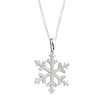 Pendant with 0.20 Carat TW of Diamonds in 10kt White Gold