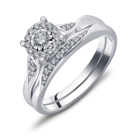 Bridal Set with 1/4 Carat TW of Diamonds in 10kt White Gold