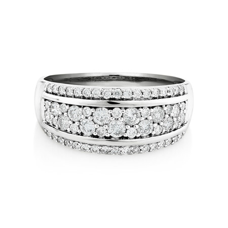 Ring with 0.70 Carat in 10kt White Gold