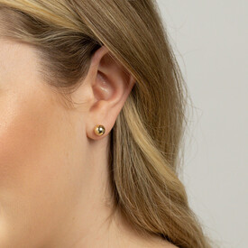 7mm Patterned Stud Earrings in 10kt Yellow Gold