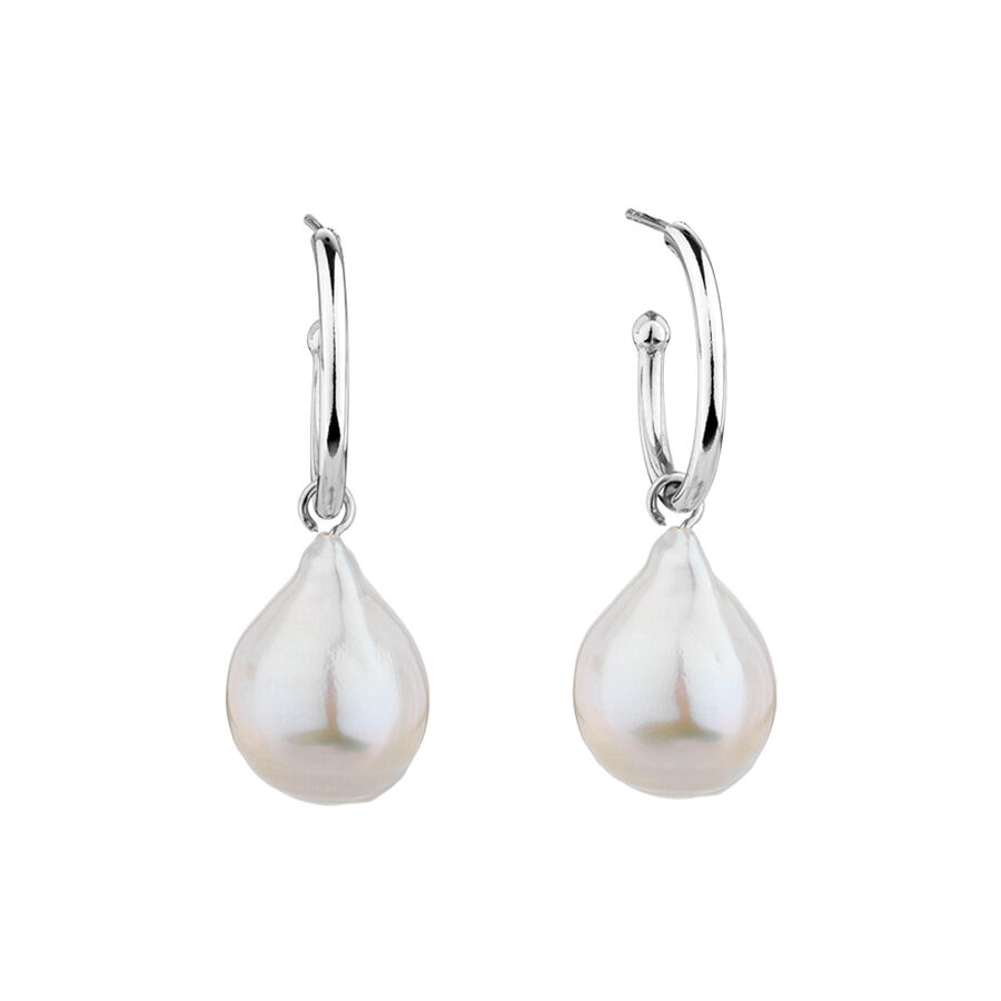 Hoop Earrings with Cultured Freshwater Pearls in Sterling Silver