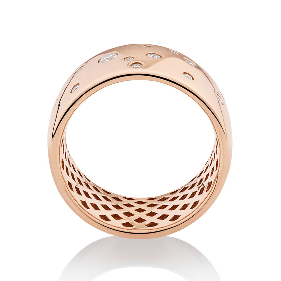 Hammer Set Barrel Ring with 0.25 Carat TW of Diamonds in 10kt Rose Gold