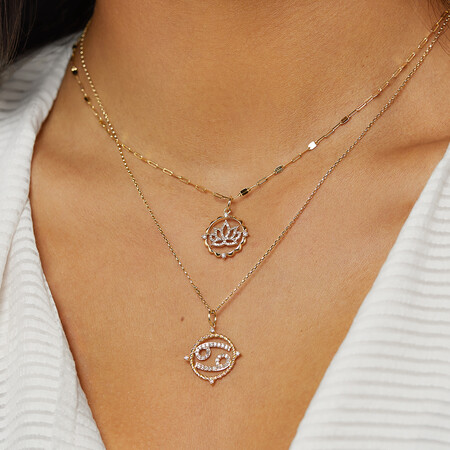 Cancer Zodiac Pendant with 0.20 Carat TW of Diamonds in 10kt Yellow Gold