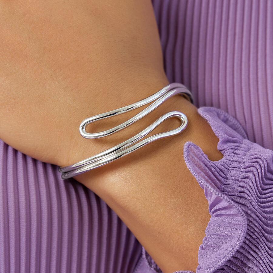 Single Row Loop Bangle In Sterling Silver