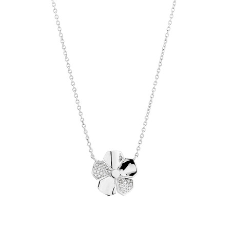 Flower Necklace with Cubic Zirconia in Sterling Silver