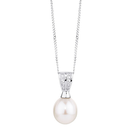 Pendant with a Cultured Freshwater Pearl & Cubic Zirconias in Sterling Silver