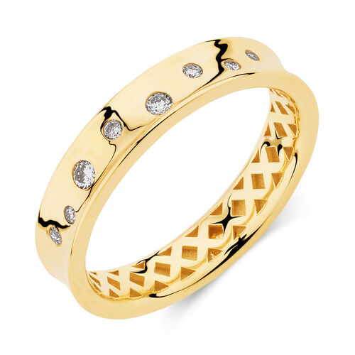 Hammer Set Barrel Ring with 0.10 Carat TW of Diamonds in 10kt Yellow Gold