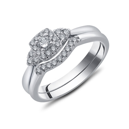Bridal Set with 0.30 Carat TW of Diamonds in 10kt White Gold
