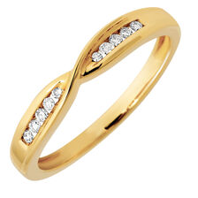 Wedding Band with Diamonds in 10kt Yellow Gold