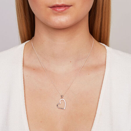 Pendant with Cubic Zirconias in Sterling Silver